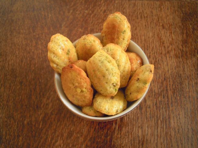 mini madeleine al pistacchio