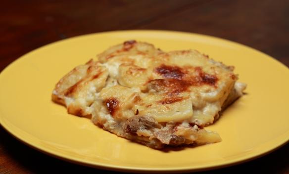 Lasagne di patate con porcini e fonduta di taleggio