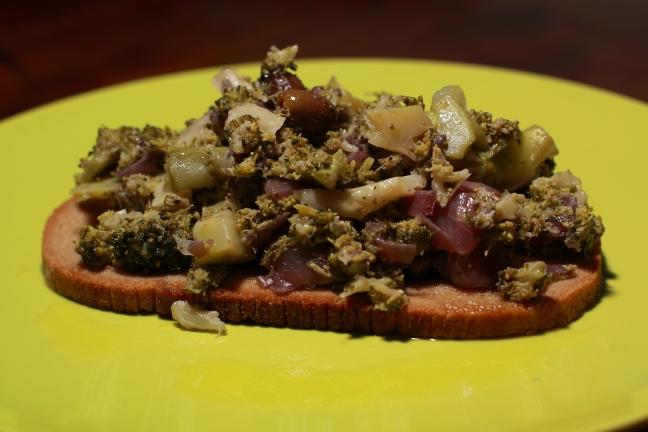 Broccoli con cipolla al vino rosso e gorgonzola - Foto di Walter Romano