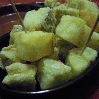 Aperitivo gluten-free di baccalà croccante e patate delfino