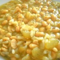 Minestrone all'onda con fagioli di soia e zucca