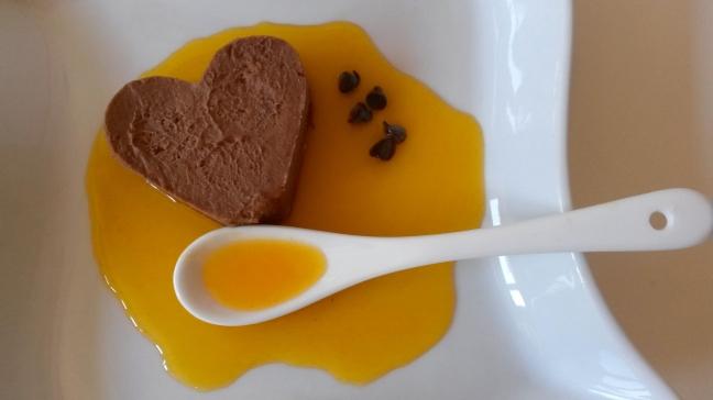 Semifreddo al cioccolato con frutto della passione