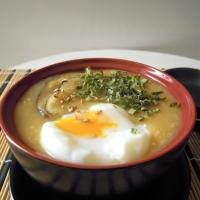 Crema di riso con funghi shiitake e uovo bazzotto