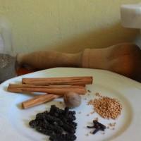 Legumi marinati in agrodolce su barchetta di peperone topepo