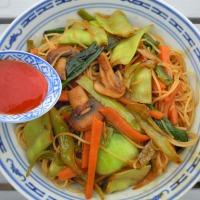 Spaghettini di riso alle verdure