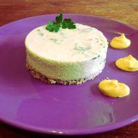 Cheesecake di pisellini e prezzemolo con gocce di zabaione al parmigiano
